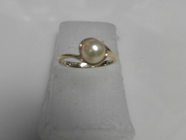 Pearl Ring 10K Yellow Gold 1.8g