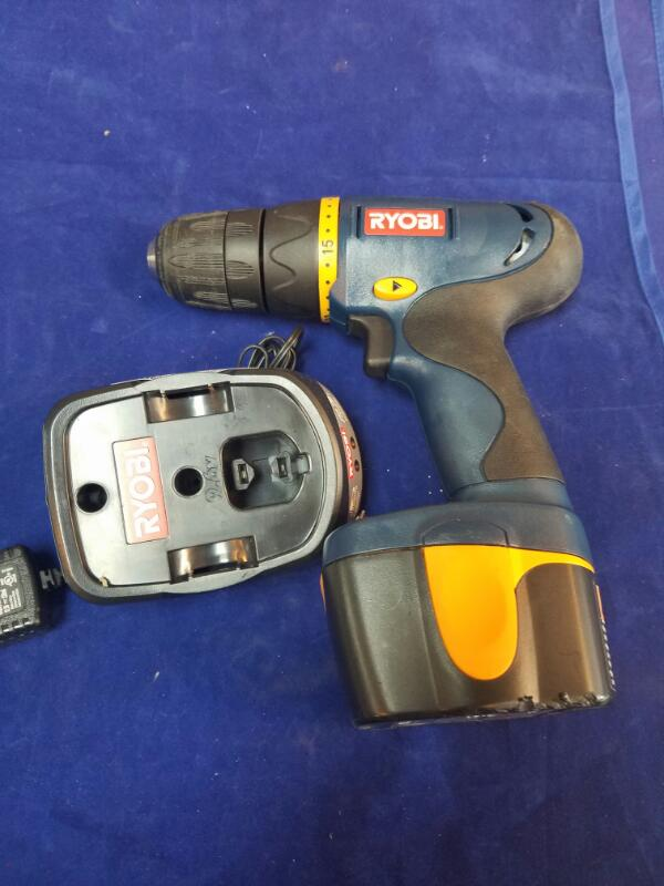 RYOBI Cordless Drill HP412