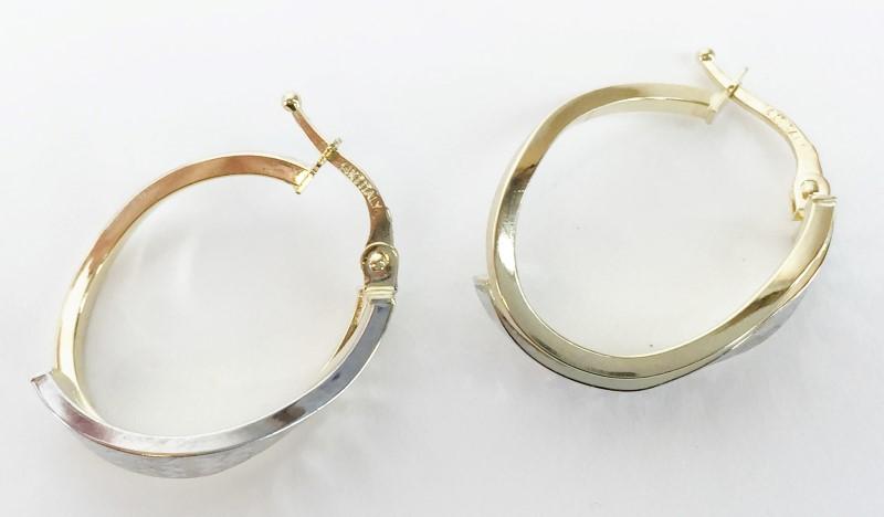 14K 2 Tone Diamond Cut Oval Wave Hoop Earrings 2.3g