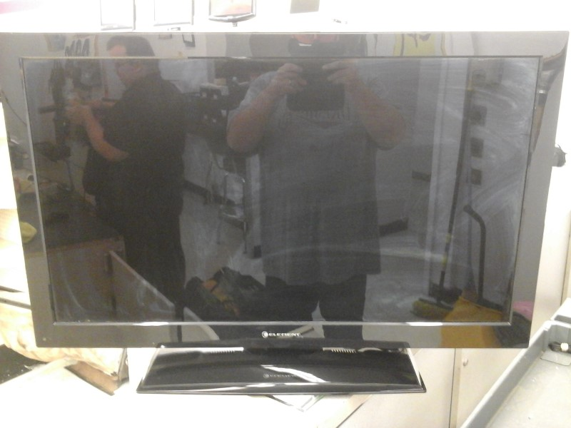 ELEMENT ELECTRONICS Flat Panel Television ELDFW407