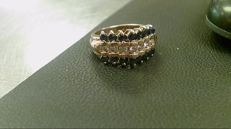 Lady's Diamond Cluster Ring 7 Diamonds .21 Carat T.W. 14K Yellow Gold 5.2g