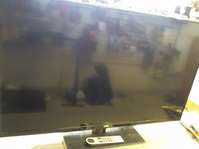 RCA Flat Panel Television LED50B45RQ