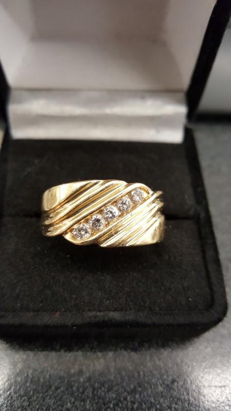Gent's Diamond Fashion Ring 5 Diamonds .50 Carat T.W. 14K Yellow Gold 9.4g