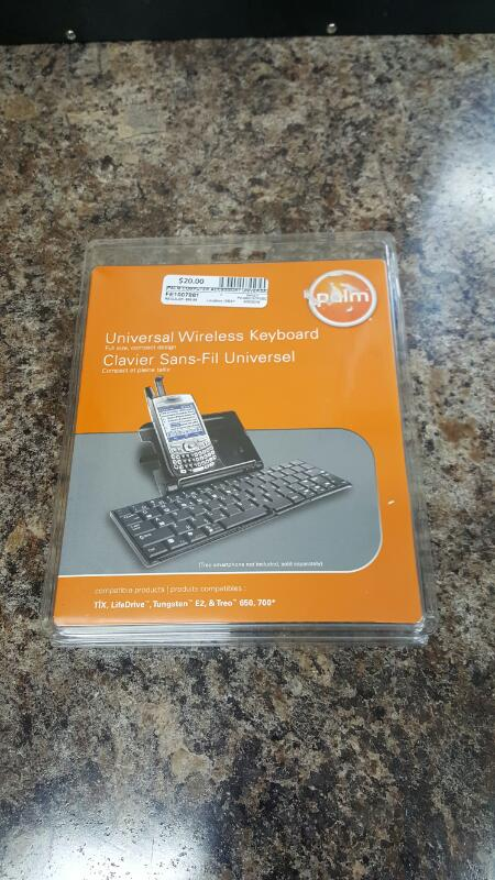 Palm 3169WWZ Universal Wireless Keyboard For LifeDrive Tungsten, E2, Treo