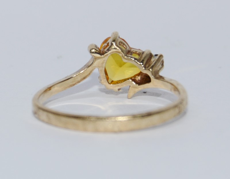 10K Yellow Gold Tilted Citrine Heart & Diamond Ring Size 6.75