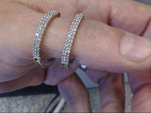 Gold-Diamond Earrings 128 Diamonds 1.28 Carat T.W. 14K Yellow Gold 3.25dwt