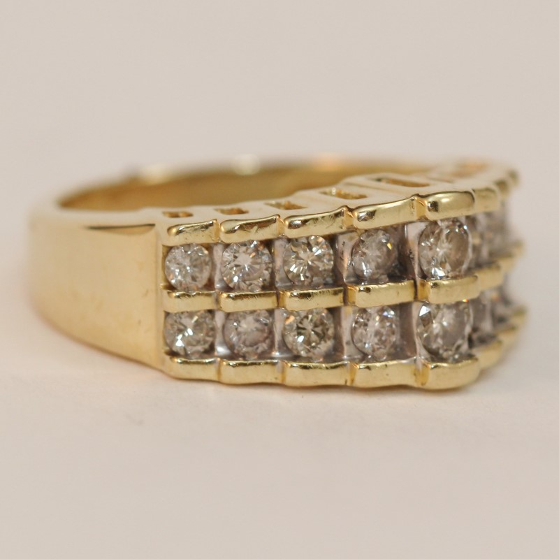 14K Yellow Gold Round Brilliant Diamond Anniversary Ring Size 7.25