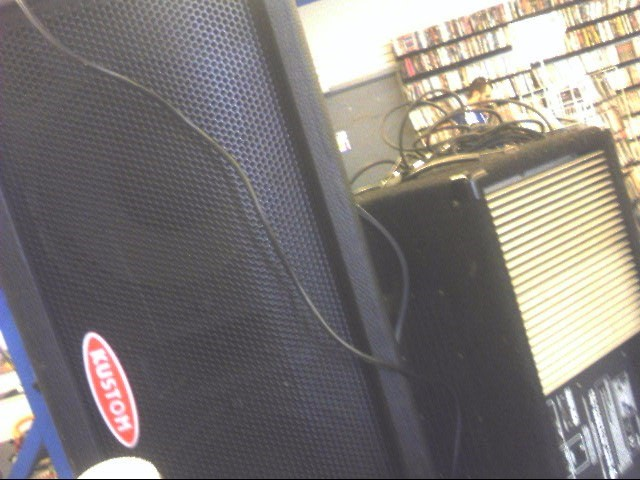 KUSTOM AMPLIFICATION Speakers/Subwoofer KPM210