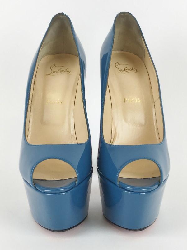 CHRISTIAN LOUBOUTIN BIANCA BLUE PATENT PUMPS SZ 39 1/2
