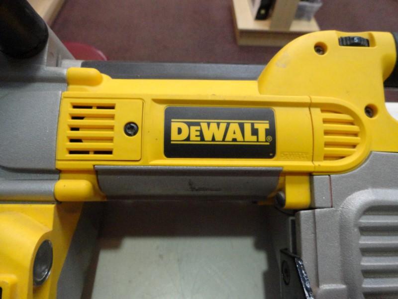 """Dewalt DWM120 5"""" Deep Cut Variable Speed Band Saw"""