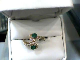 Emerald Lady's Stone & Diamond Ring 22 Diamonds .132 Carat T.W. 18K Yellow Gold
