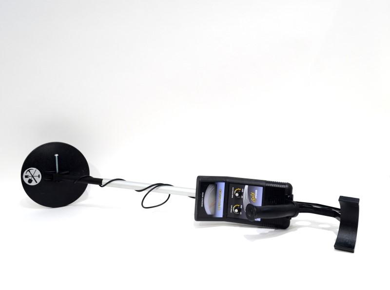 Bounty Hunter Gold Digger Metal Detector with Trash Eliminator>