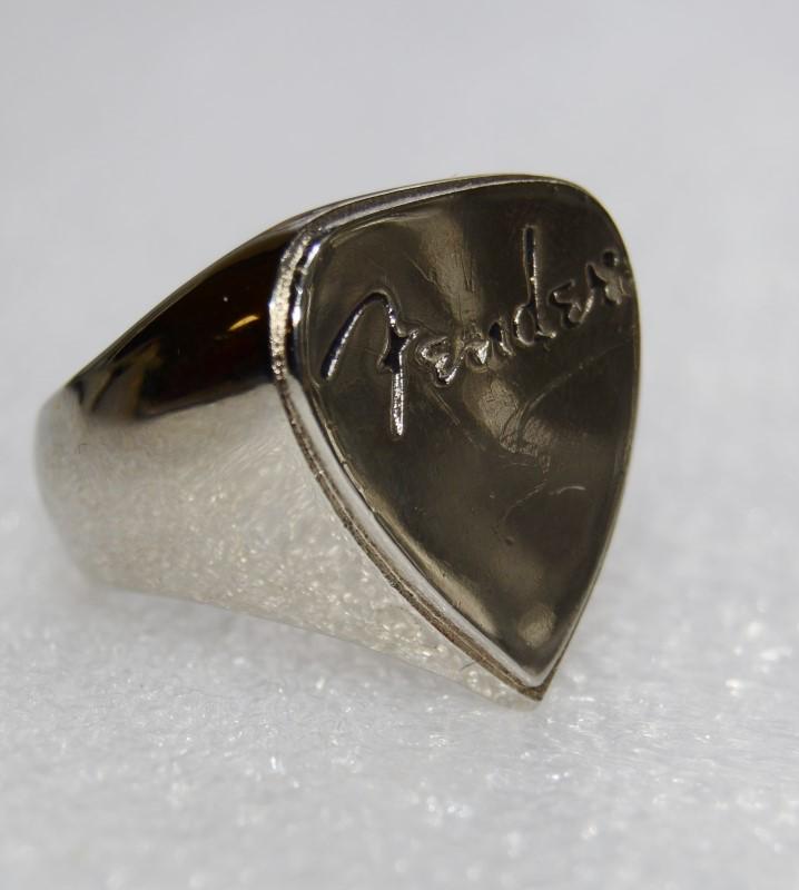 Stainless Steel FENDER Guitar Pick Shaped Man's Chrome Finish Ring