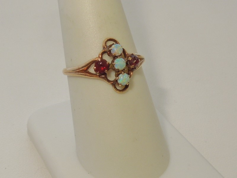 Synthetic Opal Lady's Stone Ring 10K Yellow Gold 1.6g Size:8