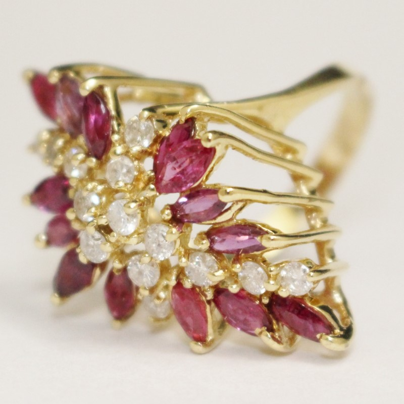 14K Yellow Gold Ruby & Diamond Cluster Ring Size 8.5