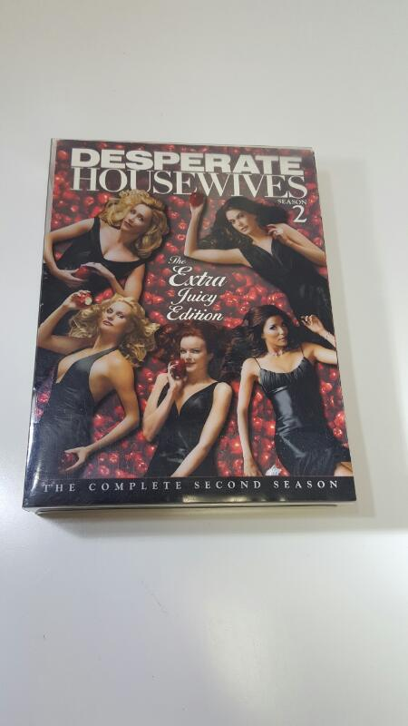 DESPERATE HOUSEWIVES SEASON 2 (DvD Box Set)