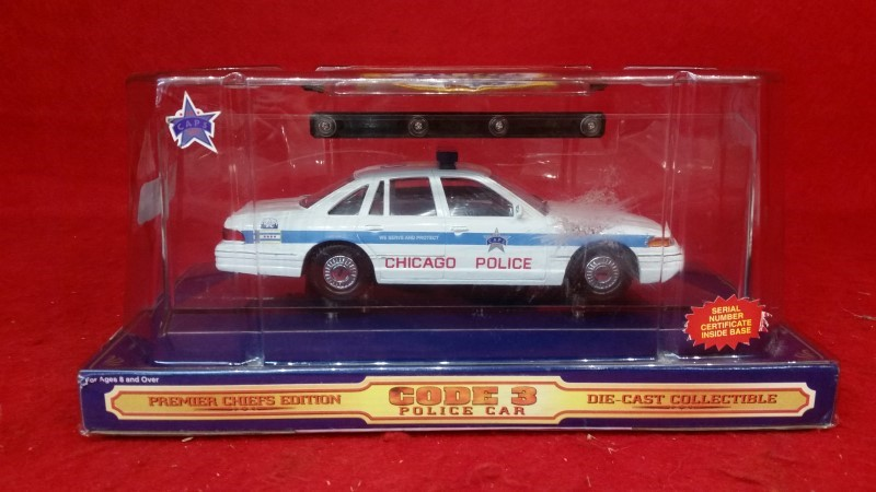 "Code 3 Premier Chief's Limited Edition ""#390 Chicago Police Car & Patch"" 1/24th"