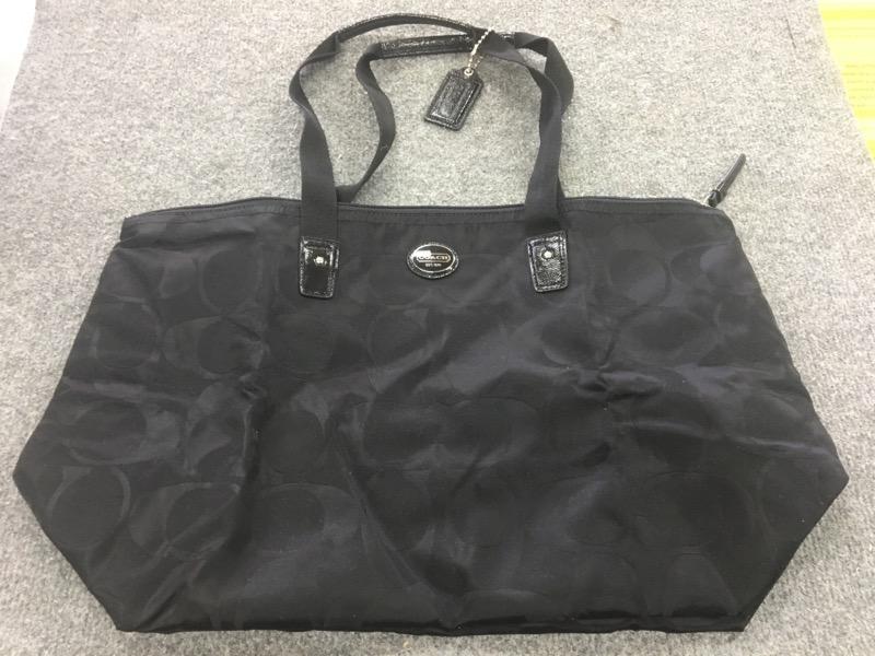 COACH Handbag TOTE