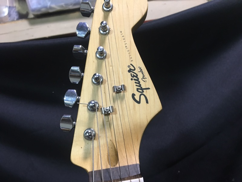 Fender Squier Stratocaster 6 String Electric Guitar