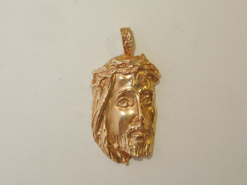Gold Pendant 14K Yellow Gold 8.4g