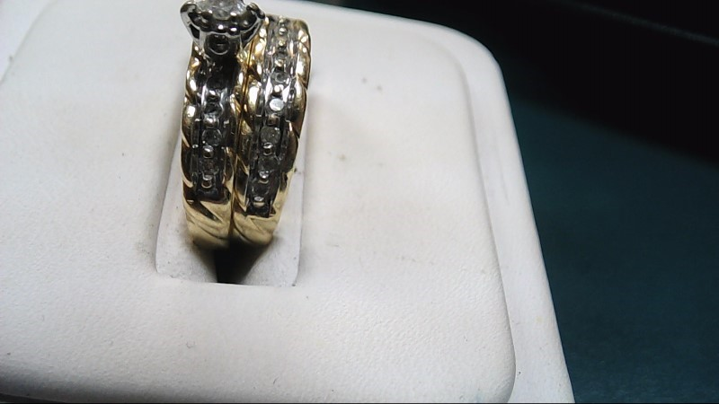 Lady's Diamond Wedding Set 18 Diamonds .19 Carat T.W. 10K Yellow Gold 4g Size:7