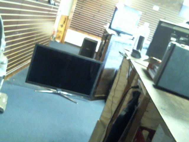 SAMSUNG Flat Panel Television UN46C6500VF