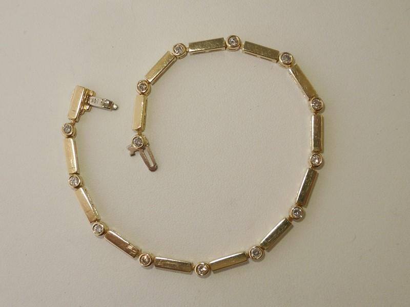 Gold-Diamond Bracelet 14 Diamonds .70 Carat T.W. 14K Yellow Gold 9.9g