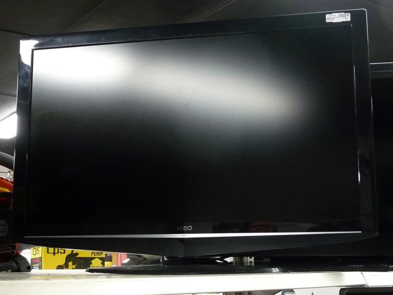 """VIZIO VS370E 37"""" Flat Panel Television"""