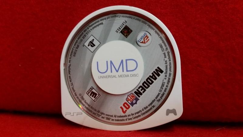Madden NFL 07 (Sony PSP, 2006) - UMD only