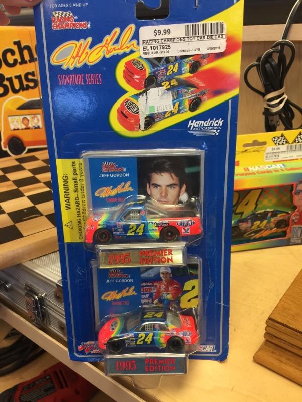 Racing Champions Jeff Gordon #24 NASCAR Diecast Car & Truck