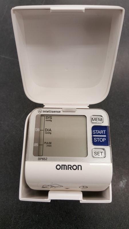 OMRON BP652