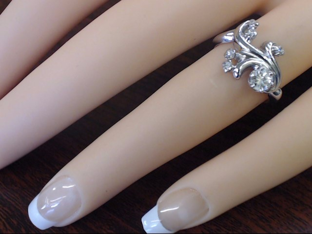 ESTATE NATURAL DIAMOND .3 CTW FLORAL DESIGN RING 14K WHITE GOLD SZ 5