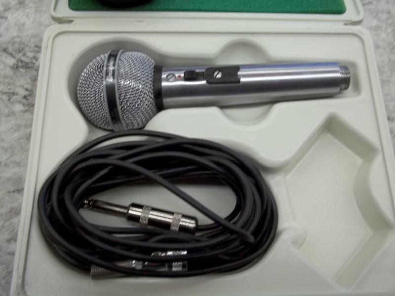 SHURE Microphone UNISPHERE 585