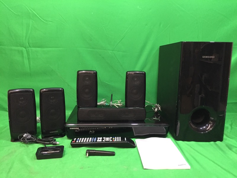 Samsung Blu-Ray/DVD 5.1 Home Theater System HT-BD 1250
