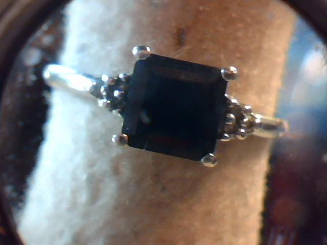 Blue Stone Lady's Stone Ring 10K White Gold 2.1g