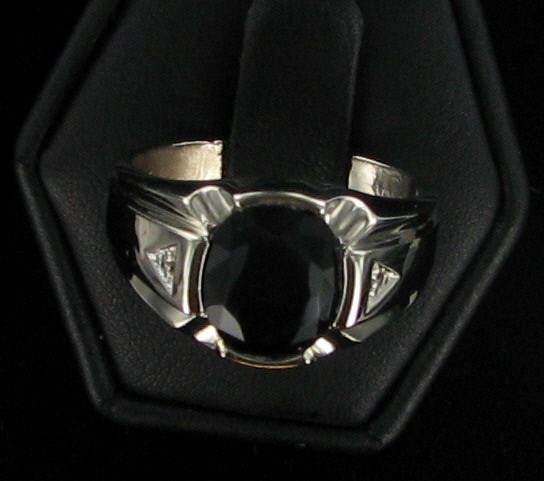 Synthetic Onyx Gent's Stone Ring 10K White Gold 5.2dwt