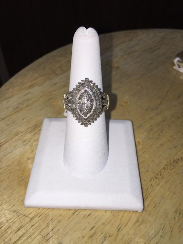 Lady's Silver-Diamond Ring 122 Diamonds 1.90 Carat T.W. 925 Silver 6.7g