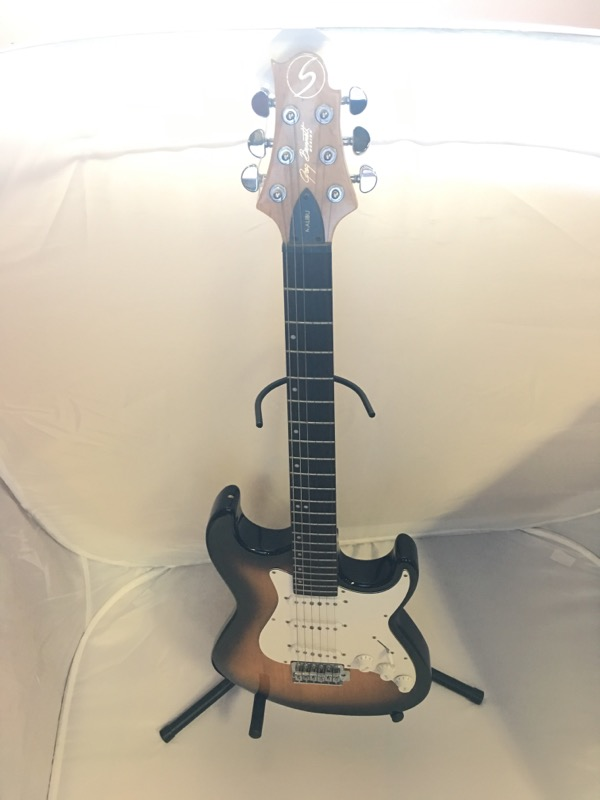 SAMICK Electric Guitar GREG BENNETT MALIBU