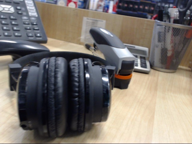 TZUMI Headphones BLUETOOTH HEADPHONES
