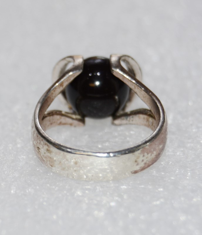 Onyx Lady's Silver & Stone Ring 925 Silver 6.2g