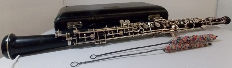 SELMER MODEL 101 INTERMEDIATE FULL CONSERVATORY, GRENADILLA WOOD OBOE WITH CASE