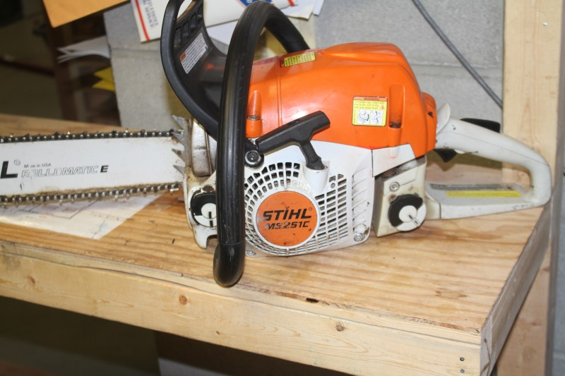 "STIHL MS 251 C-BE 18"" CHAINSAW"