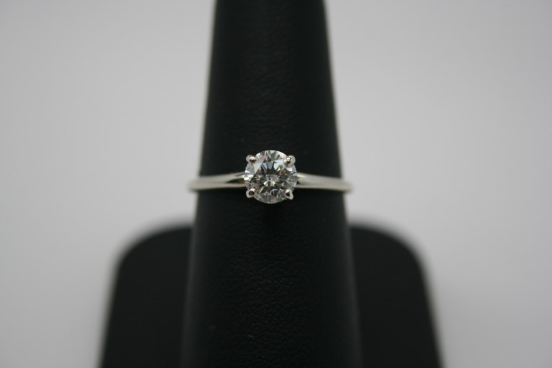 LADY'S DIAMOND SOLITAIRE RING 14K WHITE GOLD