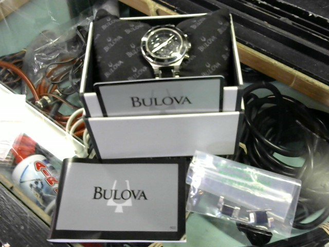 BULOVA Lady's Wristwatch 98P126 with box and extra links