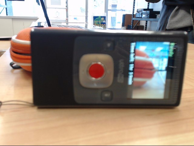 FLIP VIDEO Camcorder ULTRA HD