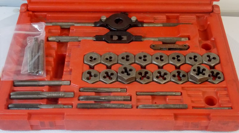 MAGNA HIGH CARBON STEEL TAP & DIE SET, 36 PIECE