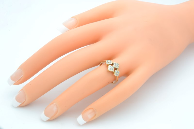 ESTATE WHITE STONE CLUSTER RING SOLID 14K YELLOW GOLD 3.4g SIZE 6.5