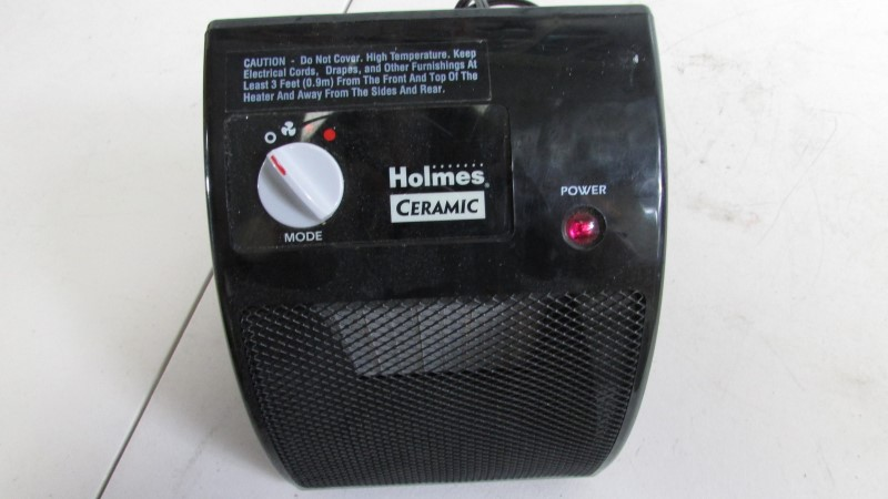 HOLMES CERAMIC HEATER