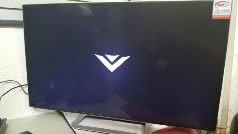 VIZIO Flat Panel Television M422I-B1