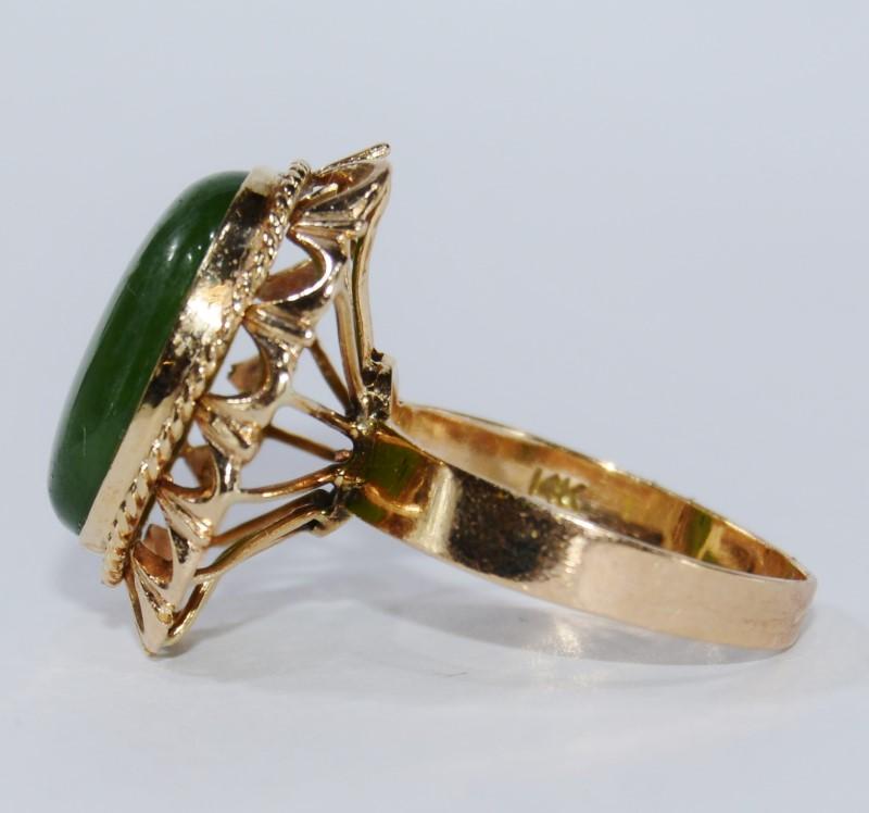 14k Yellow Gold Vintage-Inspired Dark Green Jade Statement Ring Size 6.5